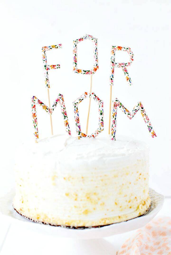 Quick and Easy DIY Straw Cake Toppers