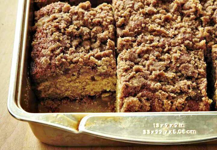 Simple Great-Grannie's Coffee Cake Recipe