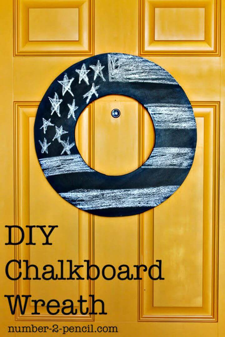 Simple To Make Chalkboard Wreath