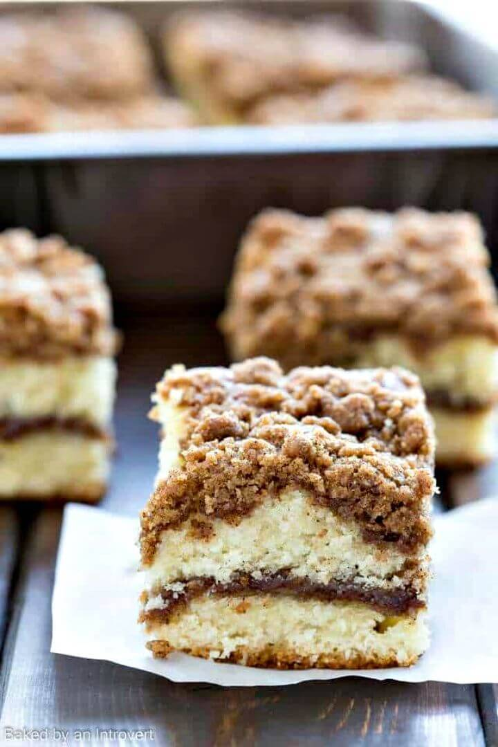 Sweet Cinnamon Crumb Coffee Cake Recipe