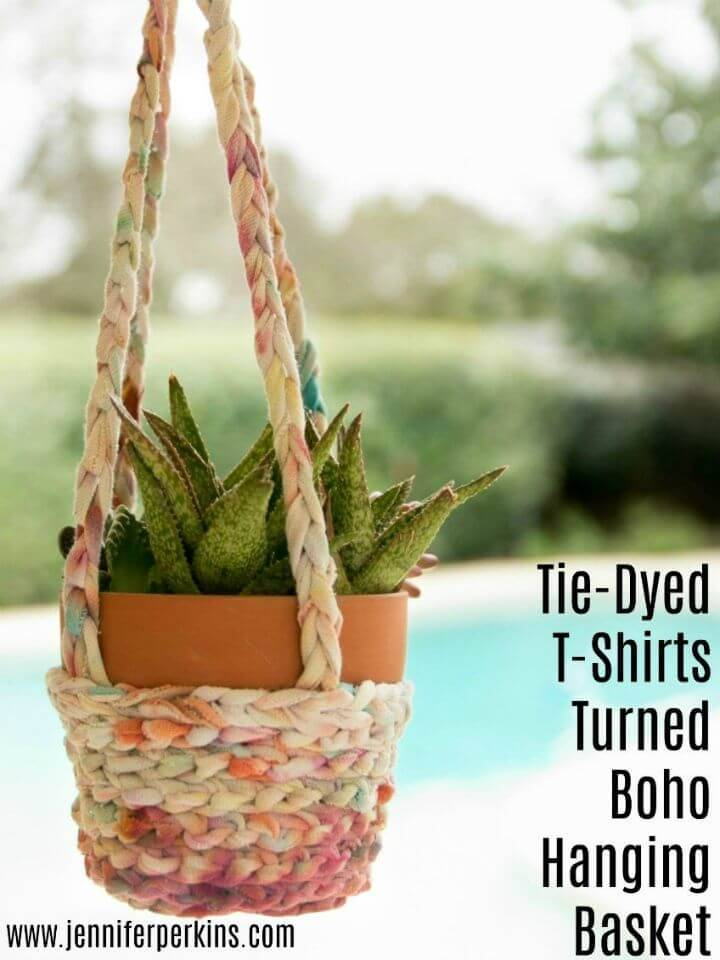 DIY Tie-dye T-shirts Turned Boho Hanging Baskets