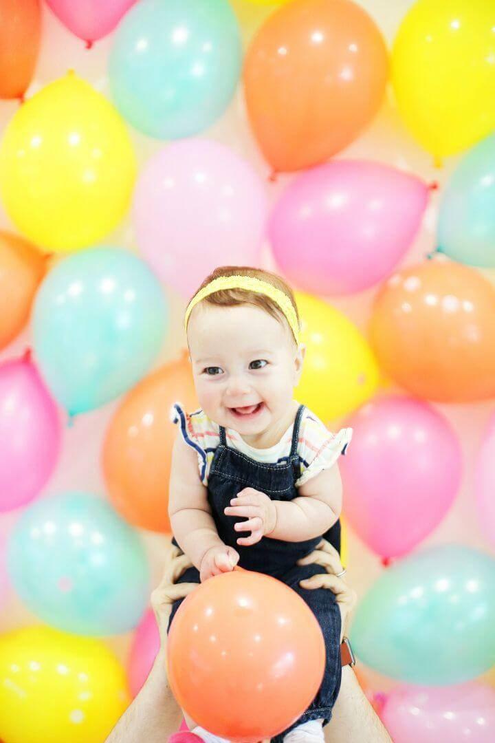 How to DIY Balloon Photo Backdrop