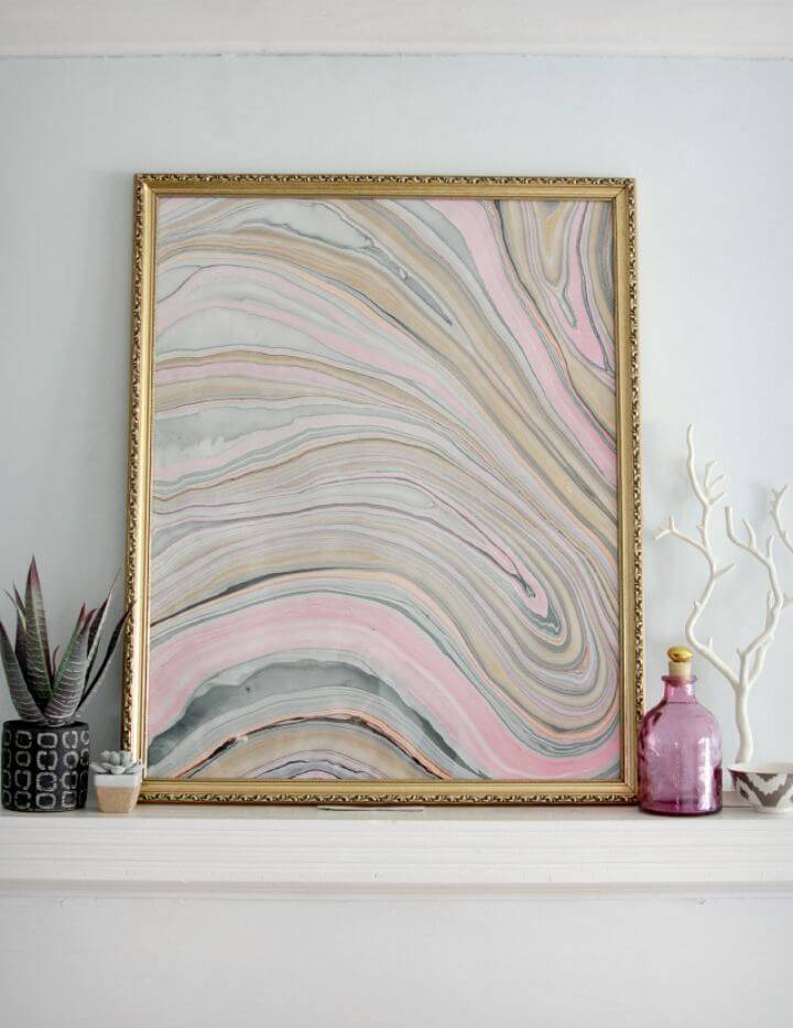 Adorable DIY Marbled Frame Wall Art