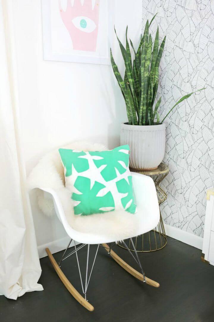 Awesome DIY Felt Palm Leaf Pillow