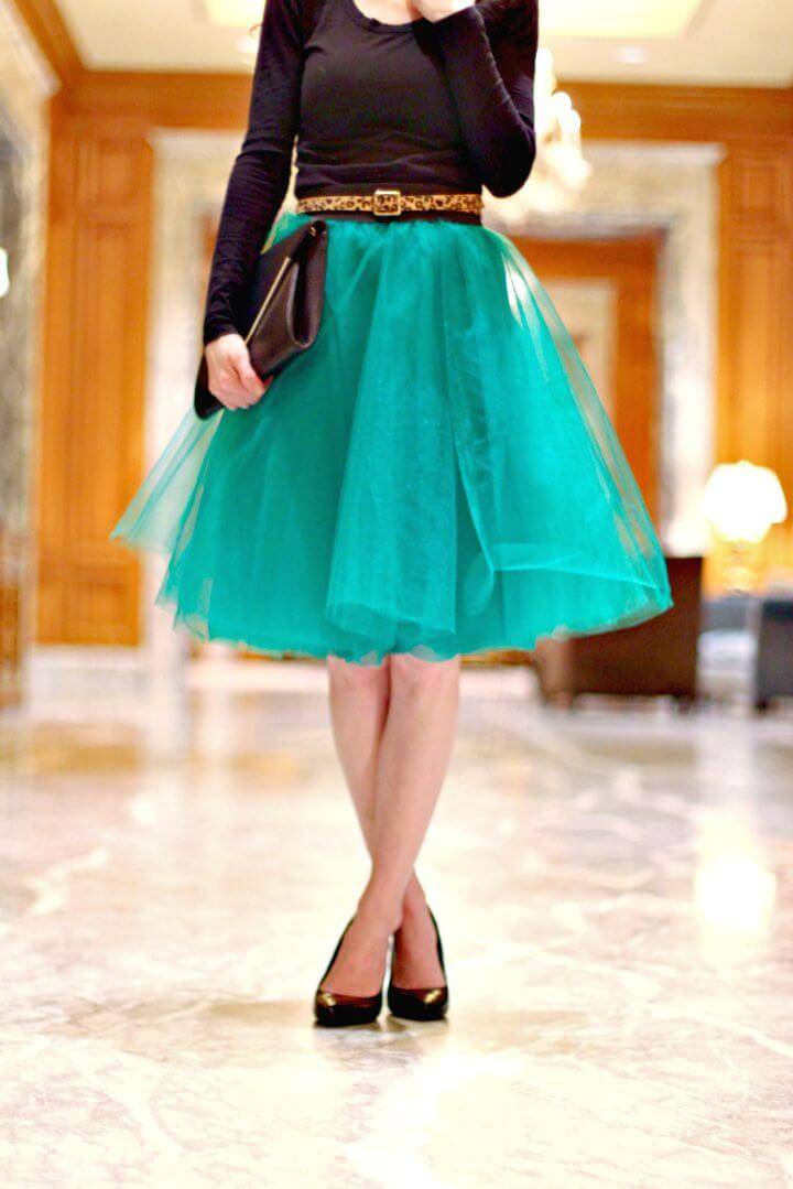 DIY Tulle Skirt - Beautiful Homemade Dress for Upcoming Event