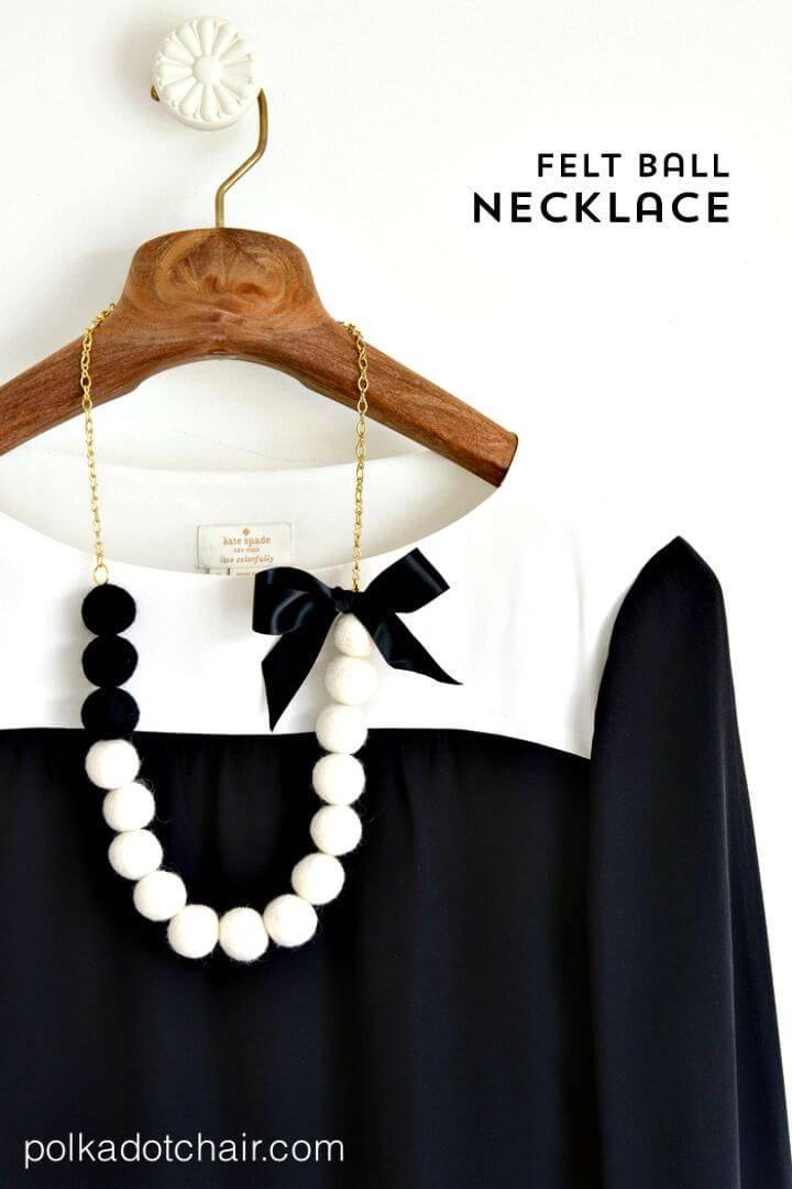 How to Make Felt Ball Necklace - DIY