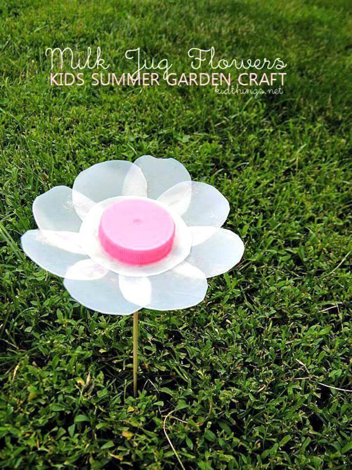 Cute DIY Milk Jug Flowers Summer Garden Craft