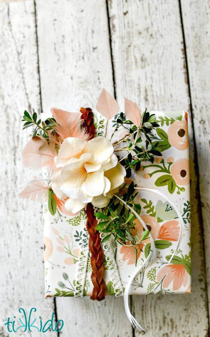Adorable DIY Boho Style Gift Wrapping