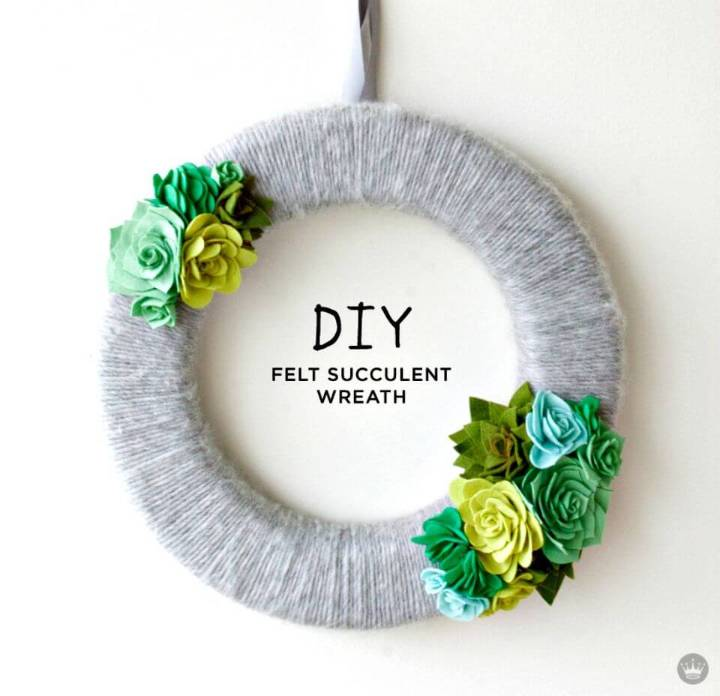 Fresh DIY Felt Succulent Wreath