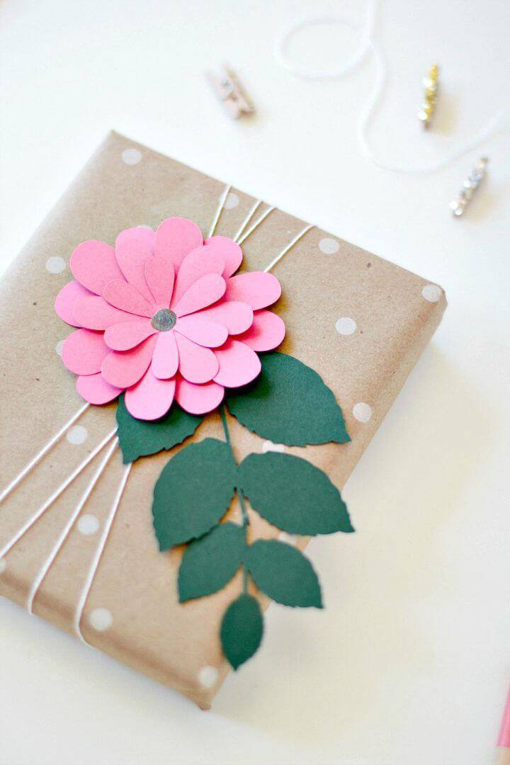 Easy and Simple DIY Pink Bloom Gift Wrap