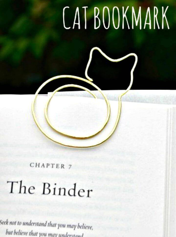 Easy DIY Cat Bookmark