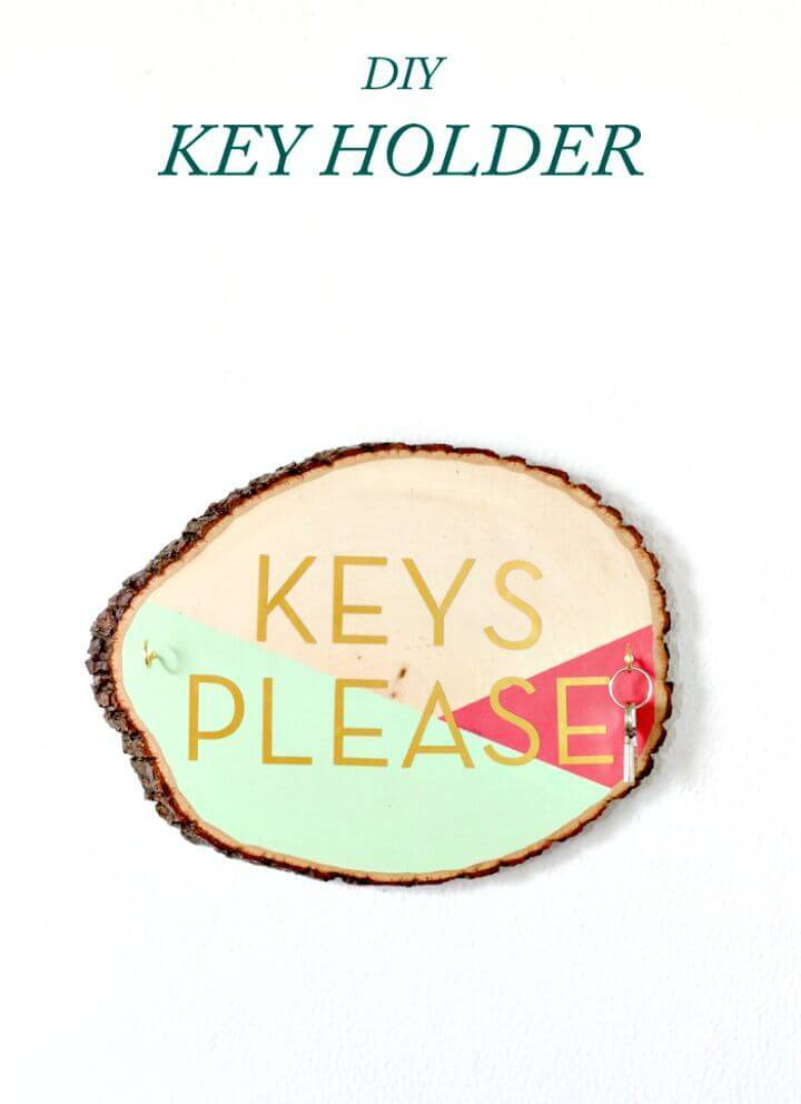 DIY Wooden Slab Key Holder Gift Idea