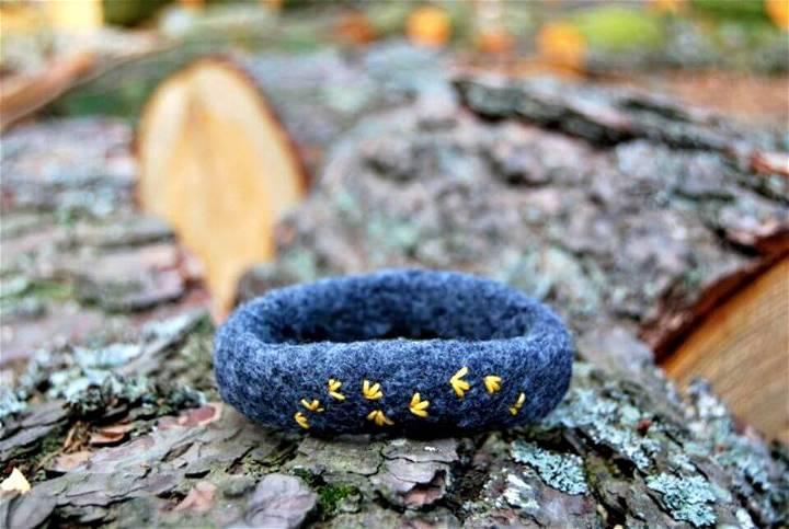 How To DIY Felt A Bracelet