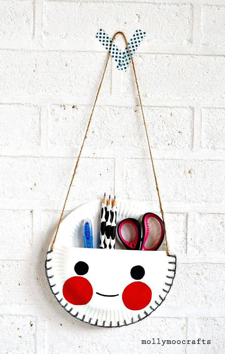 Adorable DIY Paper Plate Desk Tidy