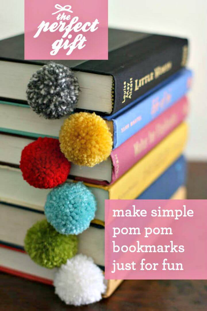 Create Yarn Ball Pom Pom Bookmark