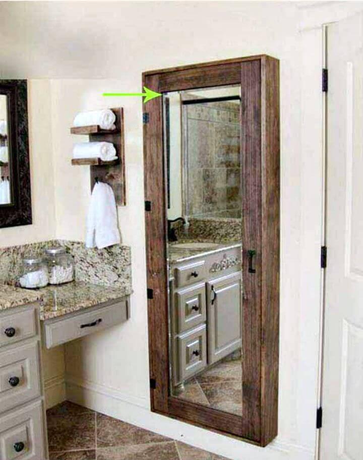 DIY Pallet Bathroom Mirror Storage Case