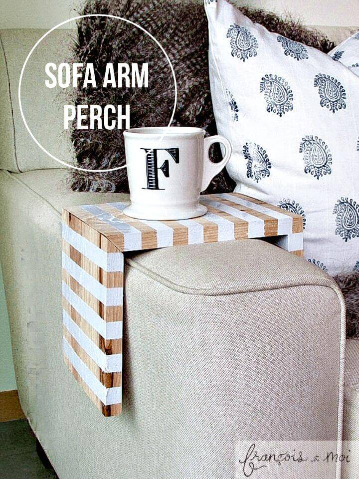 Beautiful DIY Striped Drink Perch - DIY for Coffee Lovers