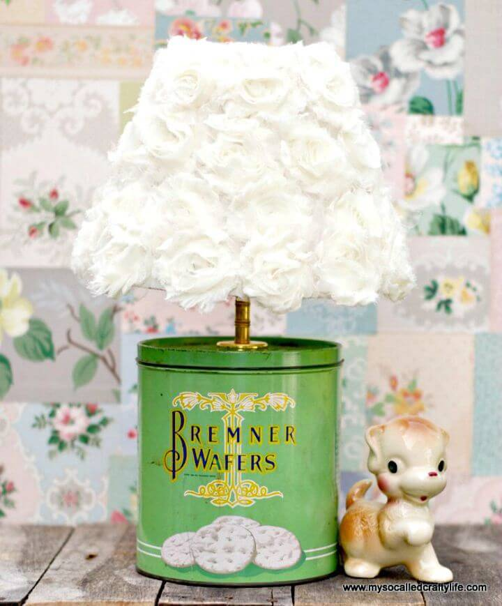 Adorable DIY Up-cycled Vintage Tin Lamp