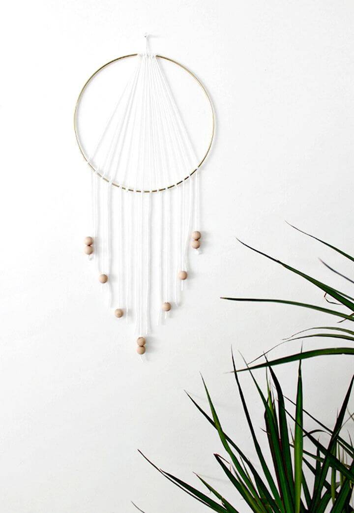 Modern DIY Dream-catcher