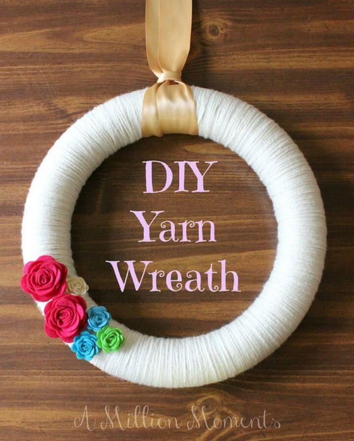 Adorable DIY Yarn Wreath