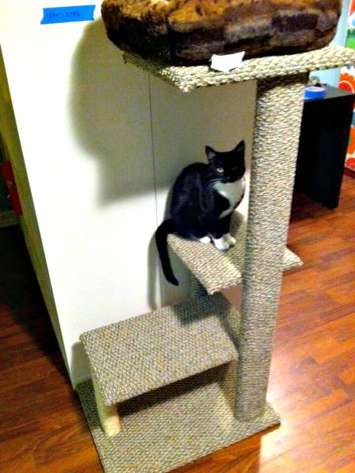 DIY Sisal and Carpet Cat Tree