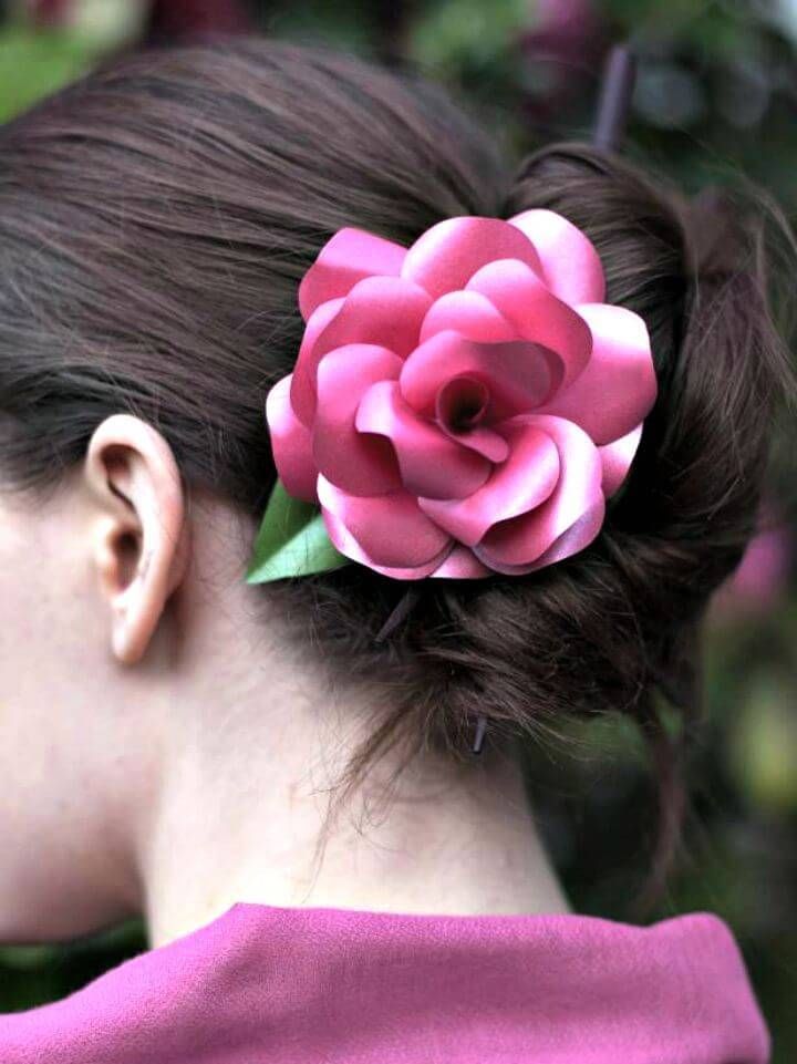 How to DIY Paper Roses