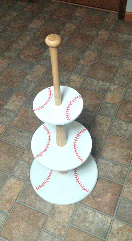 DIY Baseball Cupcake Holder