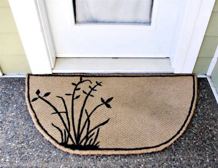 DIY Carpet Scrap Door Mat - Leftover Carpet Scraps Projects