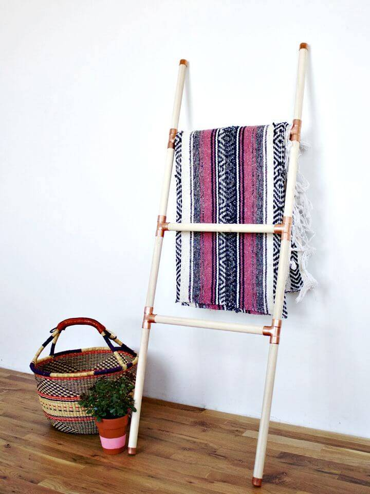 How to Make Wood + Copper Blanket Ladder - DIY Home Decor Ideas & Projects