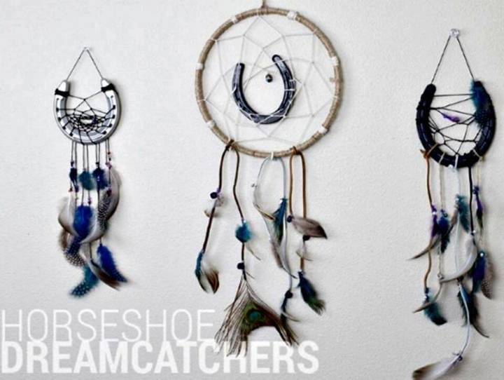 DIY Horseshoe Dreamcatcher