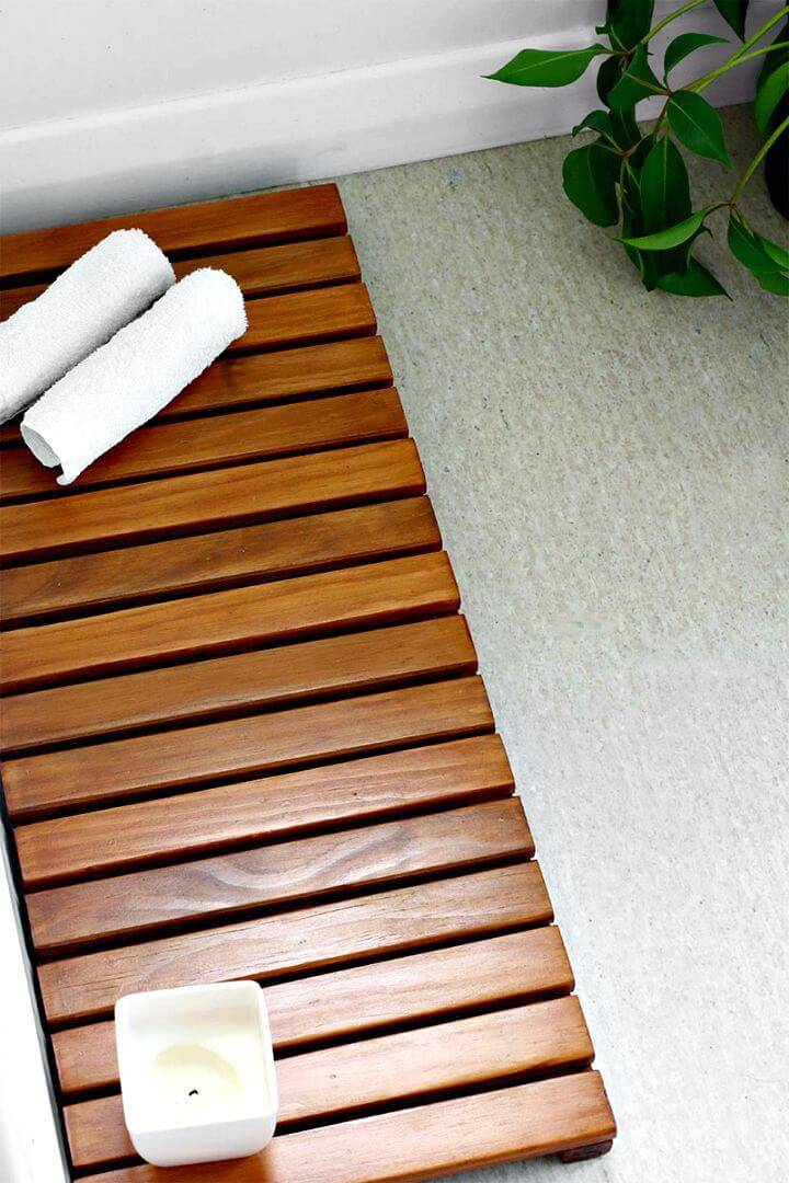 Easy DIY Wooden Bathmat