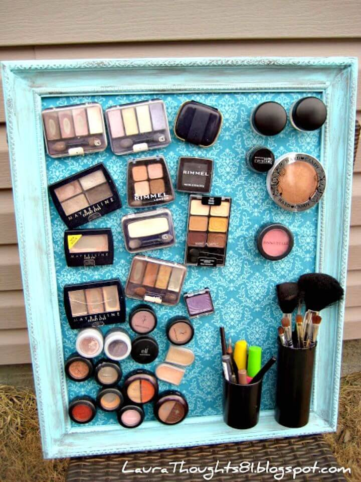 DIY Make-up Magnet Board