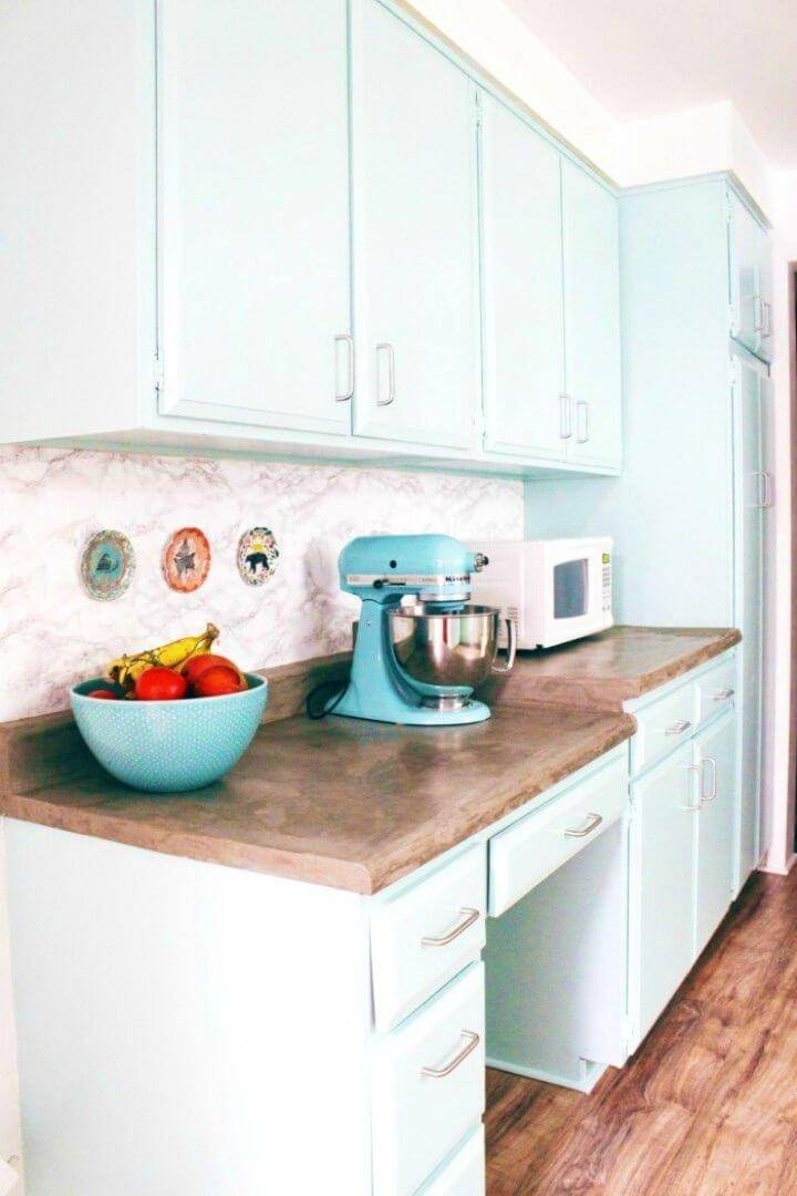 Amazing DIY Marble Contact Paper Backsplash, bring also the graceful marble touch to your kitchen by installing marble contact paper kitchen backsplash!