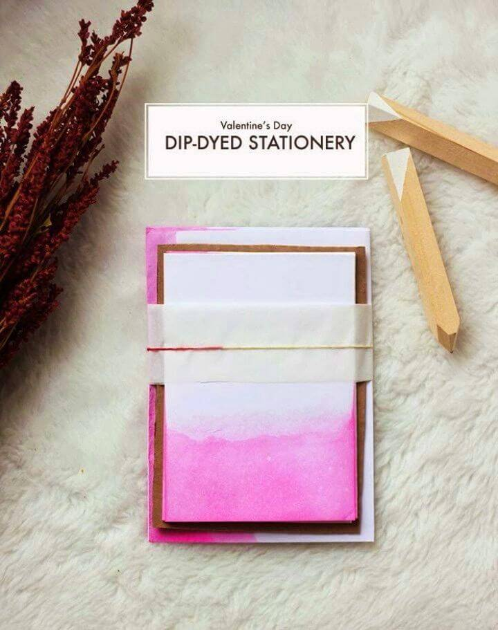 DIY Dip Dyed Valentine's Day Stationery, How to Make a Birthday Card for a Lover