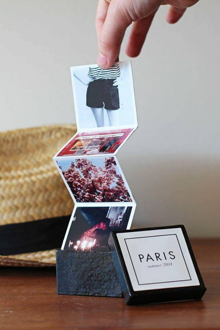 DIY Tiny Travel Album in a Box, save your travel memories by making at tiny travel book and if you need an inspiration, just check it out here!