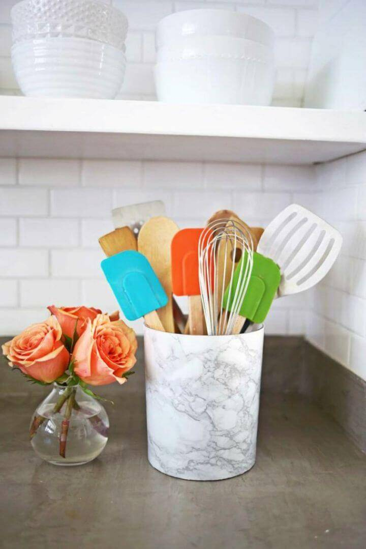 Easy DIY Marble Utensil Holder, marbleize the ordinary utensil holders with marble contact paper!