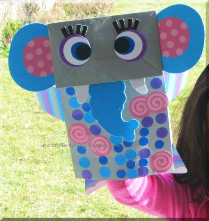 Dumbo the Elephant Lunch Bag, would make a great gift for the kids, an elephant inspired kids craft