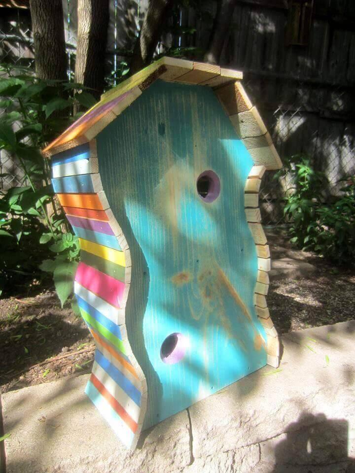 Cute pallet bird house