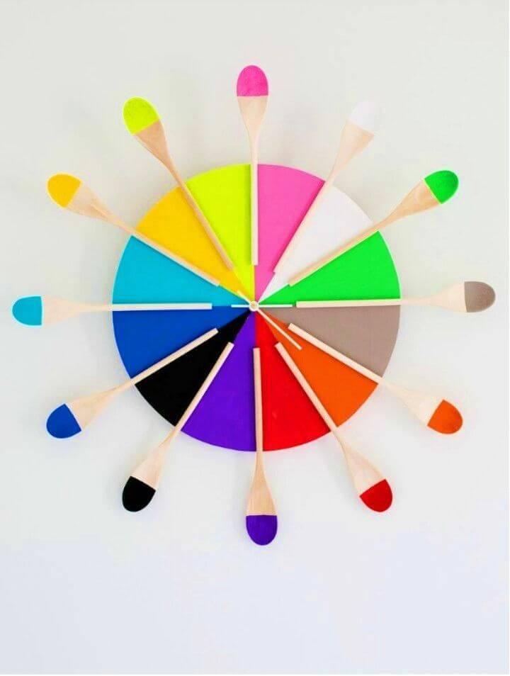 DIY Colorful Kitchen Clock