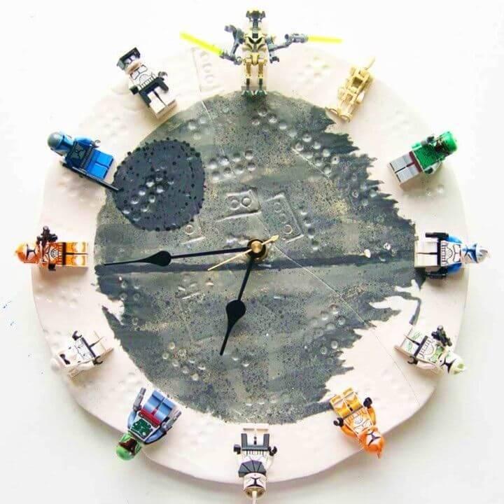 DIY LEGO Star Wars Clock