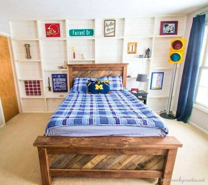 DIY Pallet Bed With Rolling Trundle