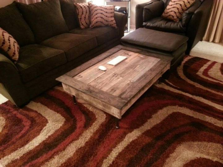 DIY Pallet Coffee Table In 4 Hours