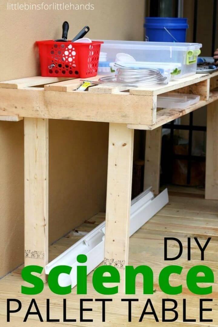 DIY Pallet Outdoor Science Table