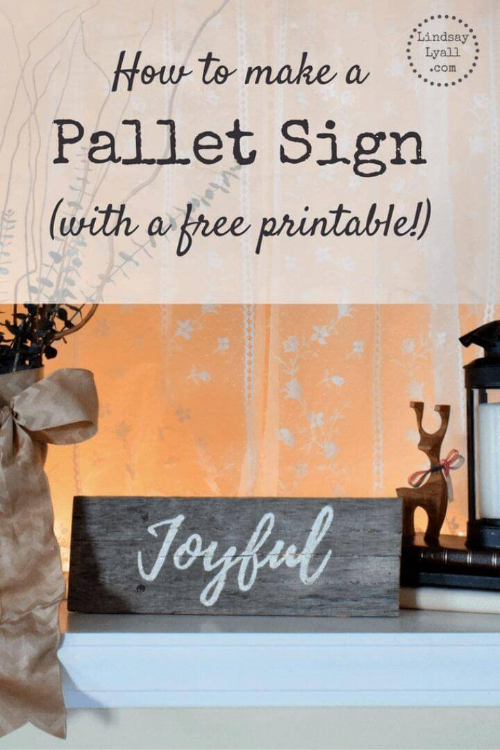 DIY Pallet Sign With a Free Printable