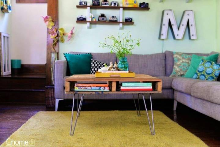 DIY Pallet Table with Hairpin Legs 1