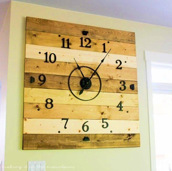 DIY Rustic Wood Plank Clock