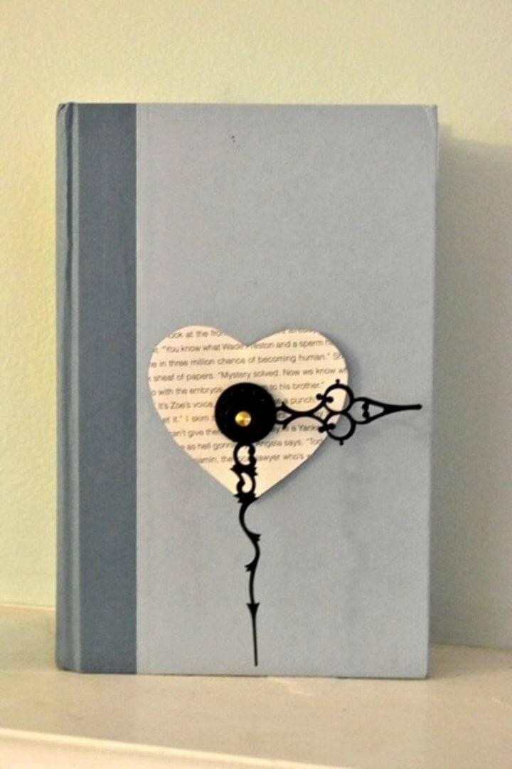 DIY Working Book Clock