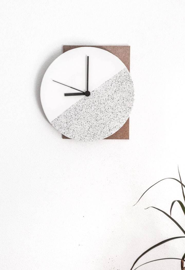 Easy DIY Component Wall Clock