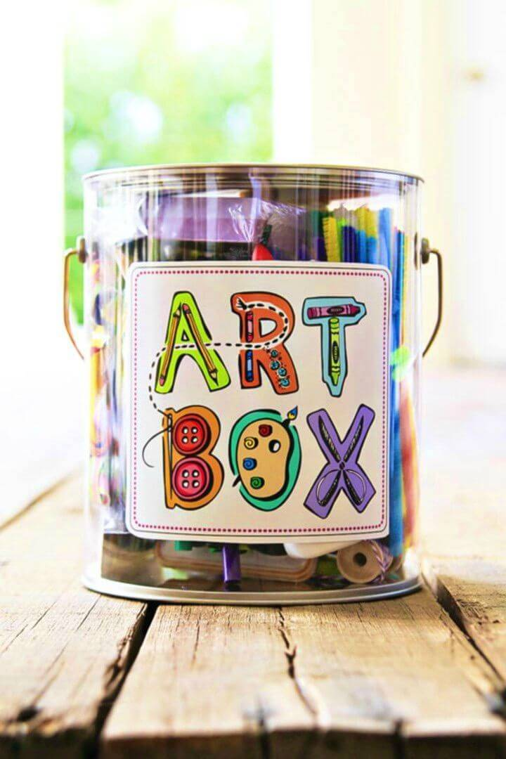 Easy DIY Homemade Art Box