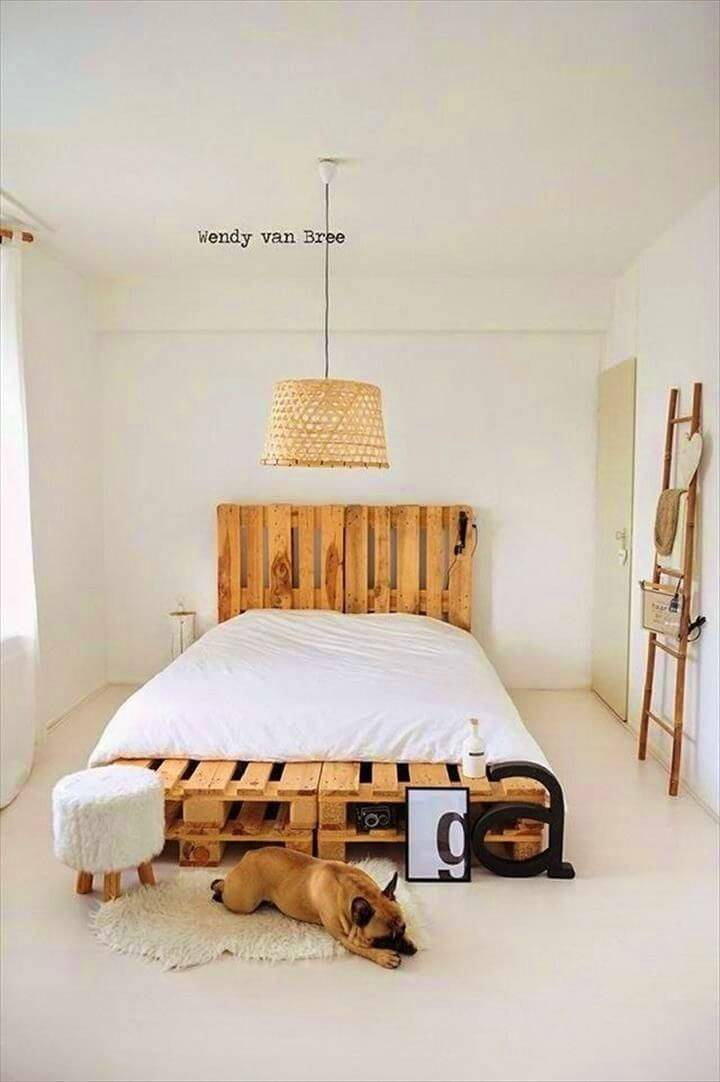 Easy DIY Wood Pallet Bed Frame